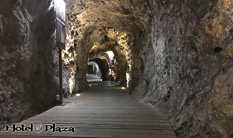 Túnel de Alfonso VIII - Cuenca - Hotel Plaza
