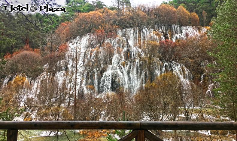 Nacimiento del río Cuervo en la serranía de Cuenca